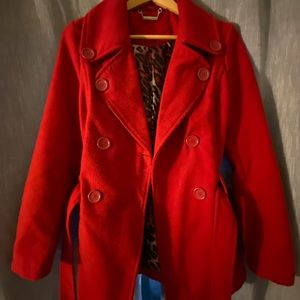 Adorable red winter pea coat🧥🐆Stylish warmth!